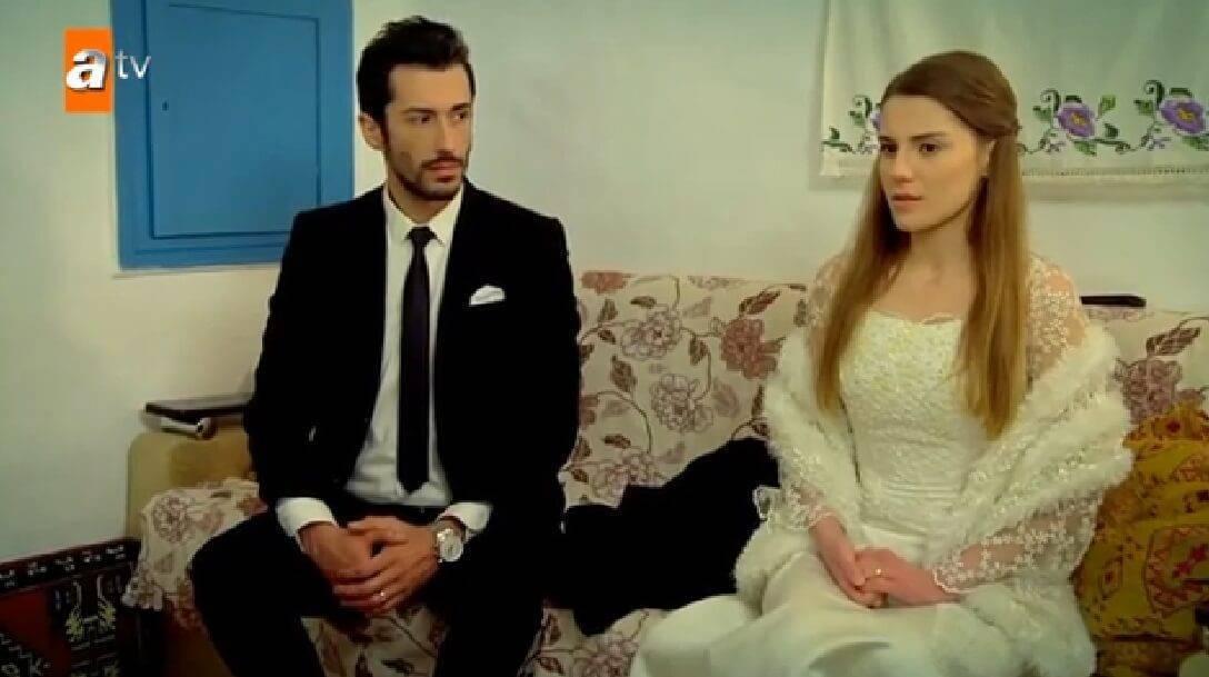 Aldığı Evlilik Teklifi Sonrası Paylaştığı Fotoğrafla Tektaşını Gözümüze Gözümüze Sokan Paris Hilton 90