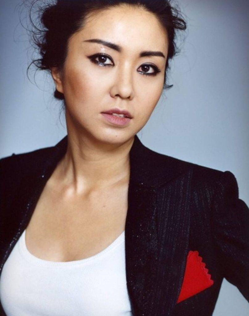 Jo Mi ryungMadam Hong In joo