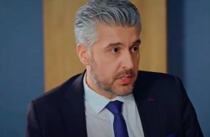 Adını Sen Koy Mehmet Karataş