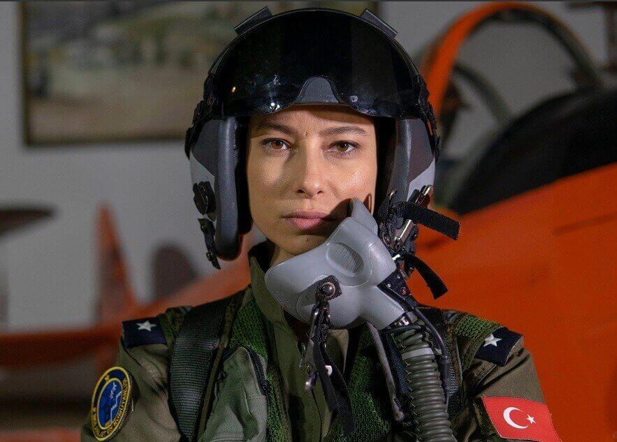 Savaşçı pilot funda