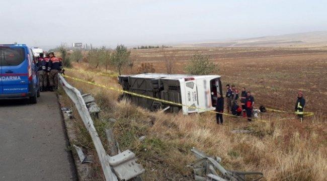 Beni Bırakma Sıla öldü mü otobüs kazası