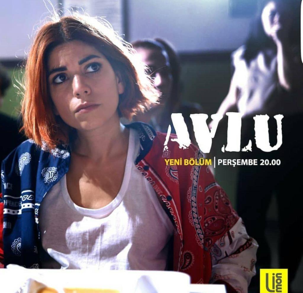 Avlu 20 Eylülde Çalan Sen Kimsin Rap Şarkısı