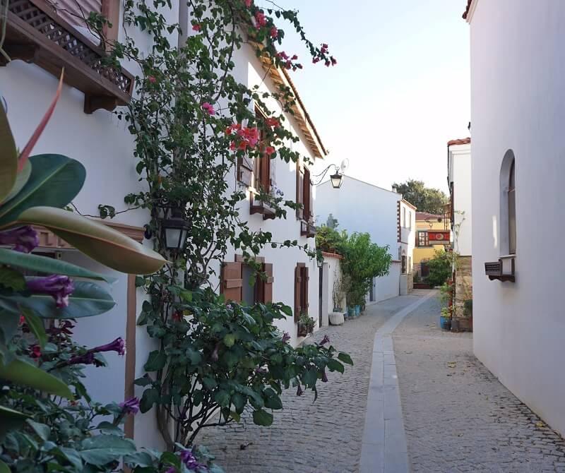 Sığacık Evleri ve Sokakları