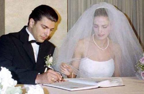 Cenk Torun sevgilisi eşi