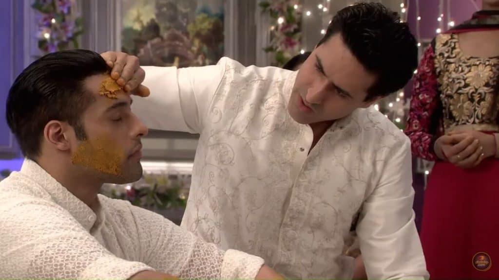 Sev Yeter 74. Bölüm Özeti 25 Eylül Fragmanı Ashok Evleneceği Gün Mihika İle Basılır