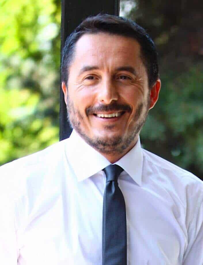 Aile Hikayesi oyuncusu Serkan Ercan