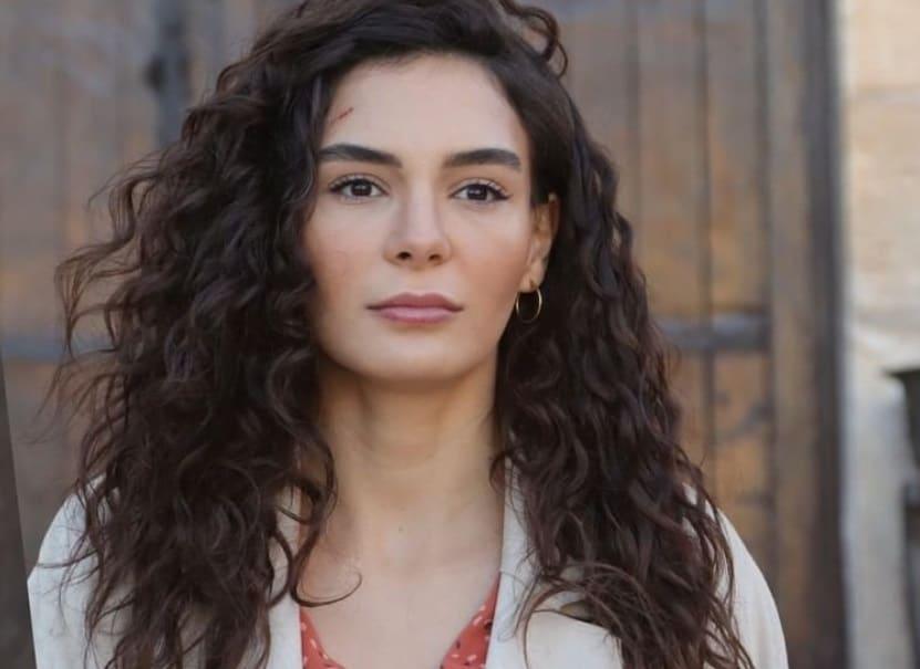 Hercai 3. Yeni Sezon resimleri yayınlandı dizi de Miran ve Reyyan aşkı son hız devam