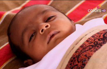 Bıçak Sırtı 100. Bölüm Özeti 25 Ocak Sumi'nin Bebeği Doğdu Ancak Öldü Biliyorlar