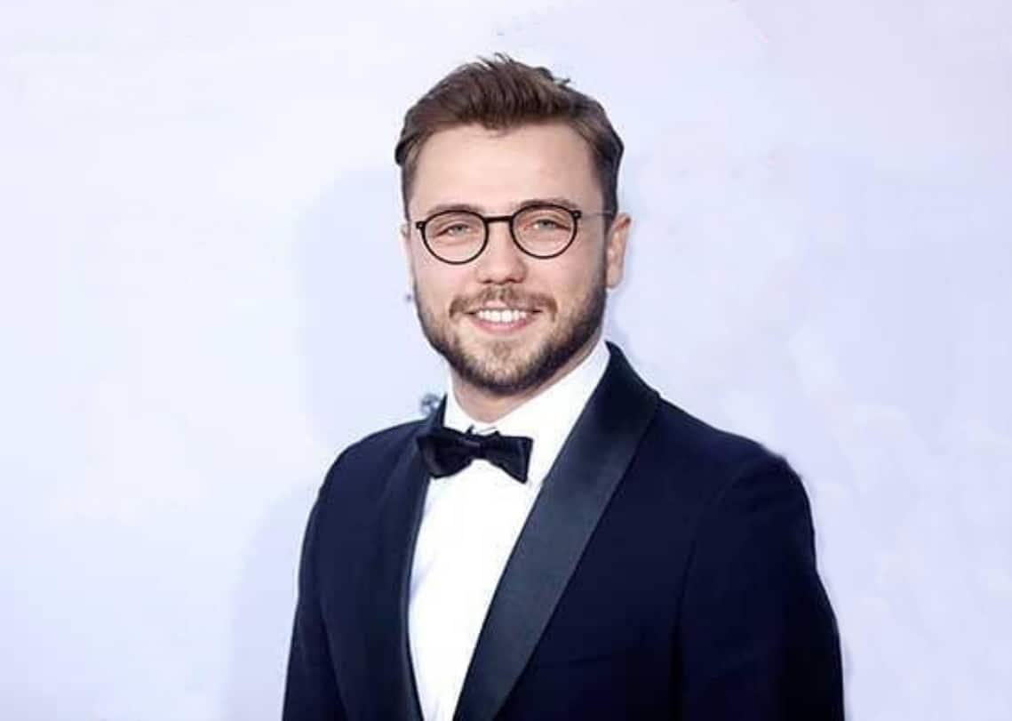 Arıza dizisi başrol oyuncusu Tolga sarıtaş Kanal D