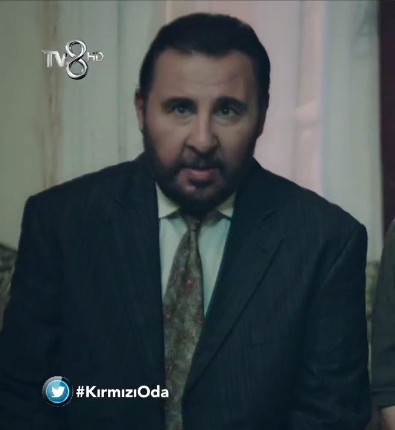 Kirmizi Oda Namik