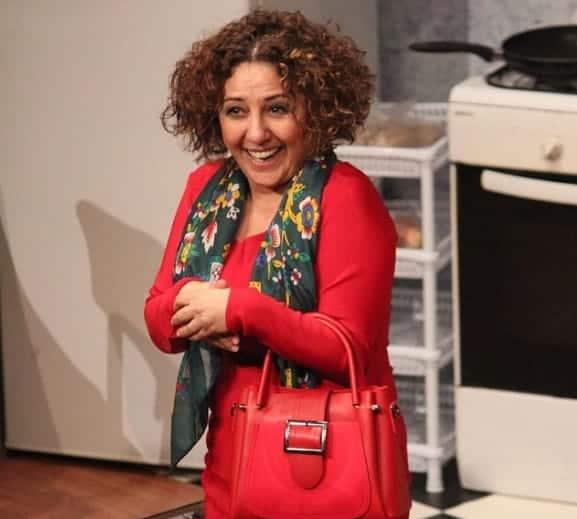 Gunay Karacaoglu bir yer alti sitcom dizisi