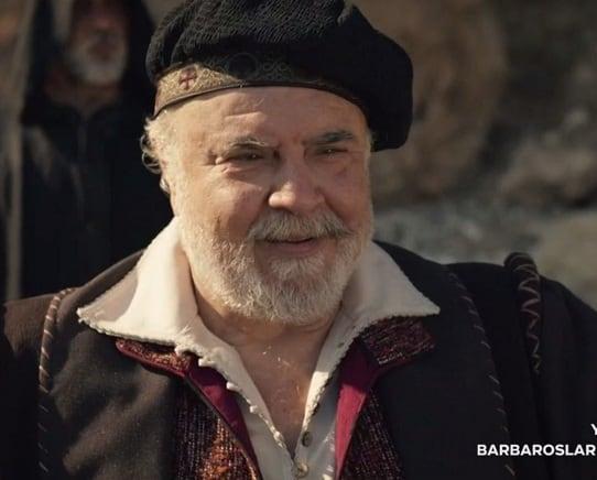 Mehmet Ali Kaptanlar barbaroslar dizisinde Yorgo karakteri ile yer alacaktır. İsebal'in babasıdır