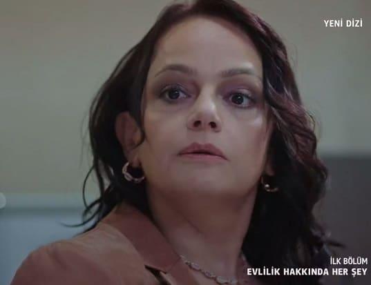 evlilik hakkında her şey dizisinde songül karakterine Selen Uçer hayat verecek. Alpay'ın eşidir.